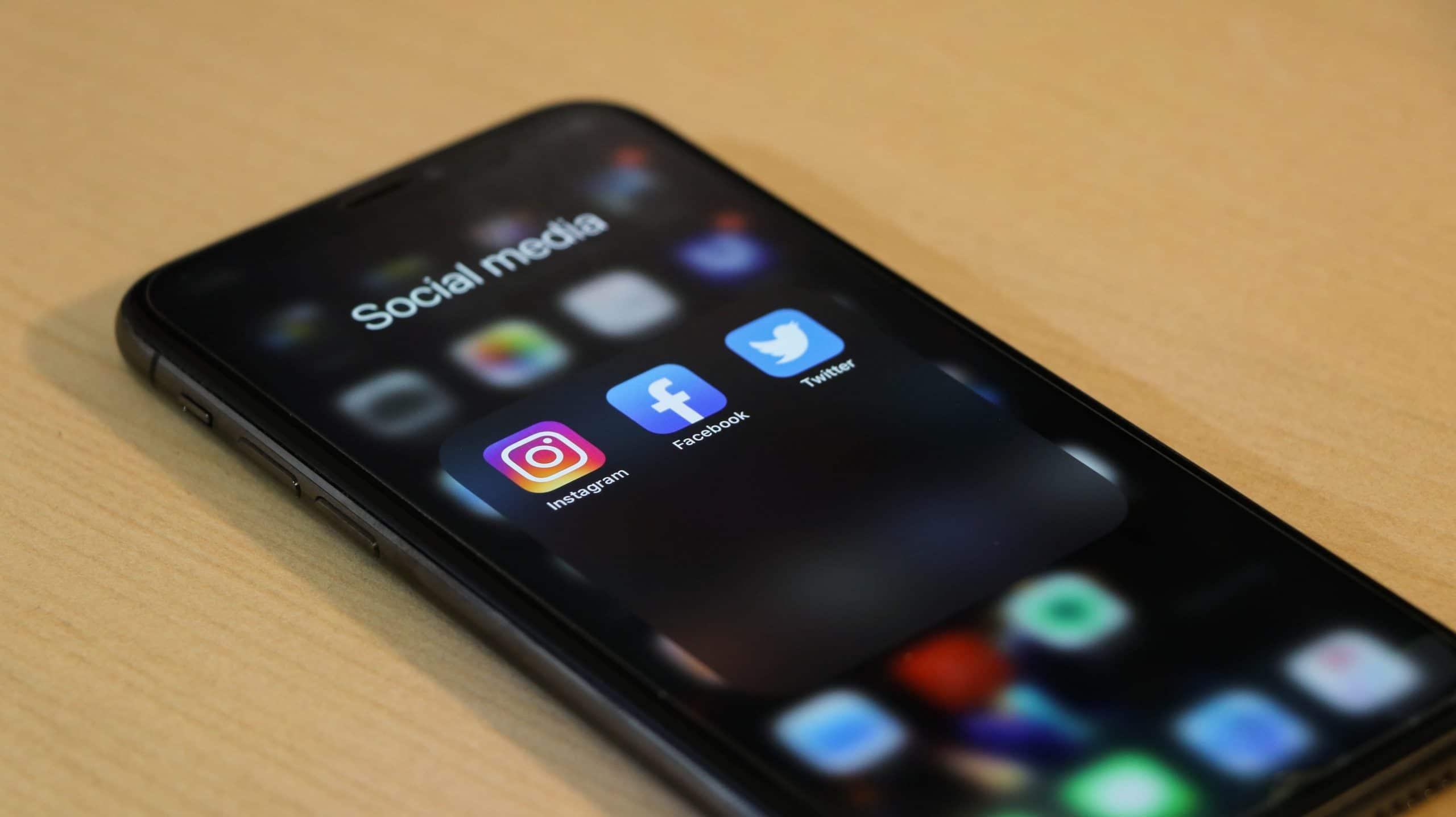 Profil d'entreprise réseaux sociaux